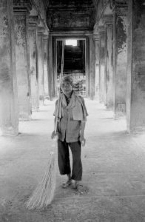 Alone in Angkor Wat © John Burgess, Text by Sokly, Age 14
