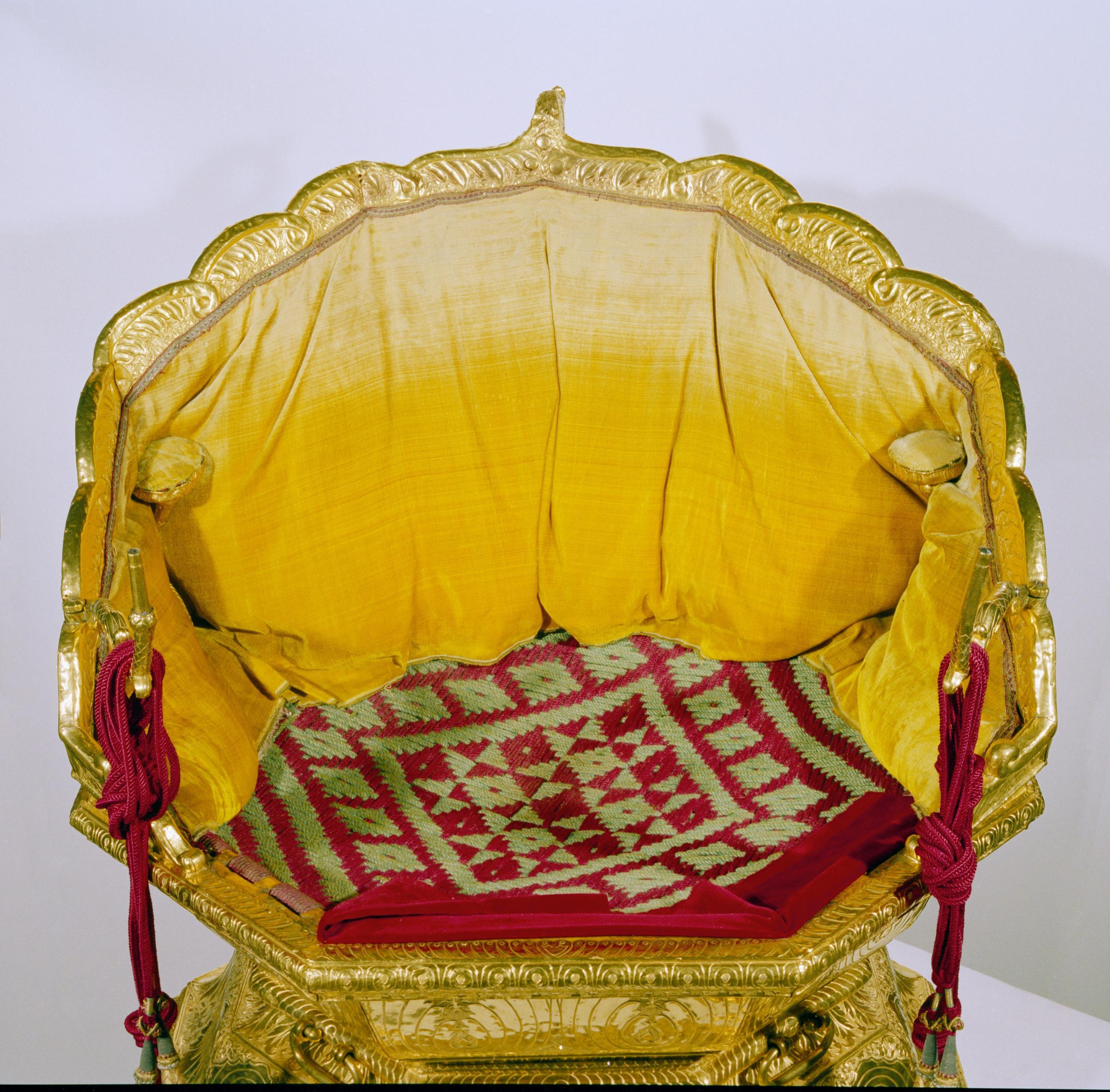 The golden throne of Maharaja Ranjit Singh – Anglo Sikh Wars