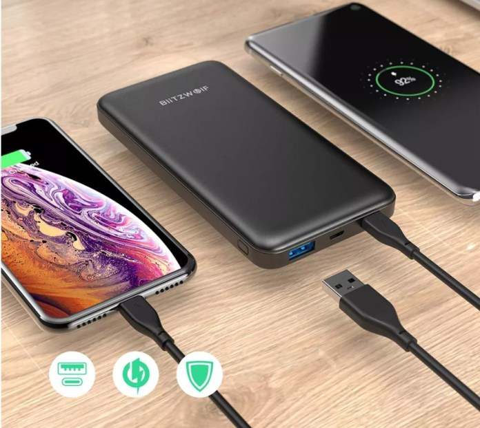 BlitzWolf® BW-P9 10000mAh 18W QC3.0 PD3.0 Type-c + USB Ports Power Bank with Fast Charging Dual Input and Output for iPhone X XS for Switch for Samsung Xiaomi Huawei
