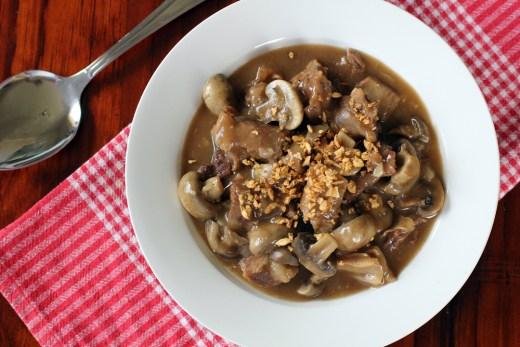 Beef and Mushroom Gravy Stew