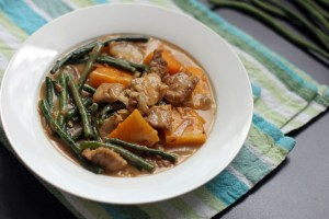 Ginataang Sitaw at Kalabasa (Squash and String Beans in Coconut Cream Sauce) 1