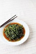 Kangkong in Garlic Sauce