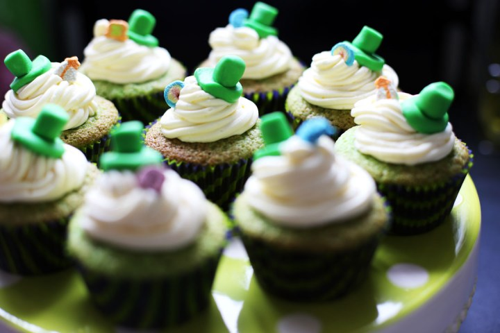 Shamrock Cupcakes Wide
