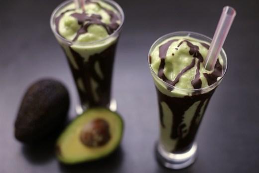 Jus Alpukat (Indonesian Avocado Shake) 1