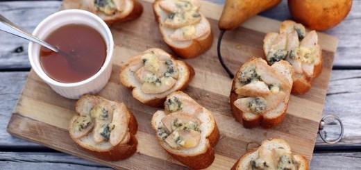 Pear, Honey and Blue Cheese Crostini 1