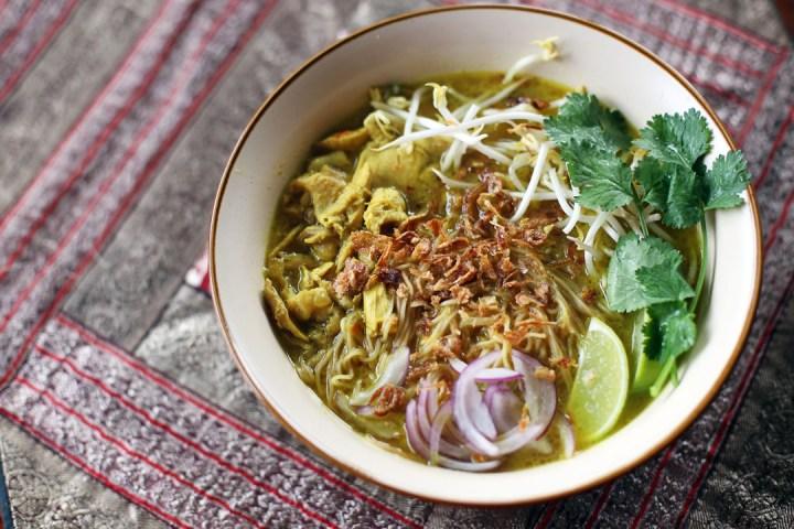 Chicken Khao Soi Wide