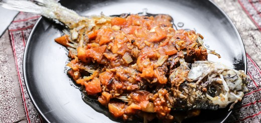 Fried Fish in Tomato Sauce (Ca Chien Sot Ca Chua) 1