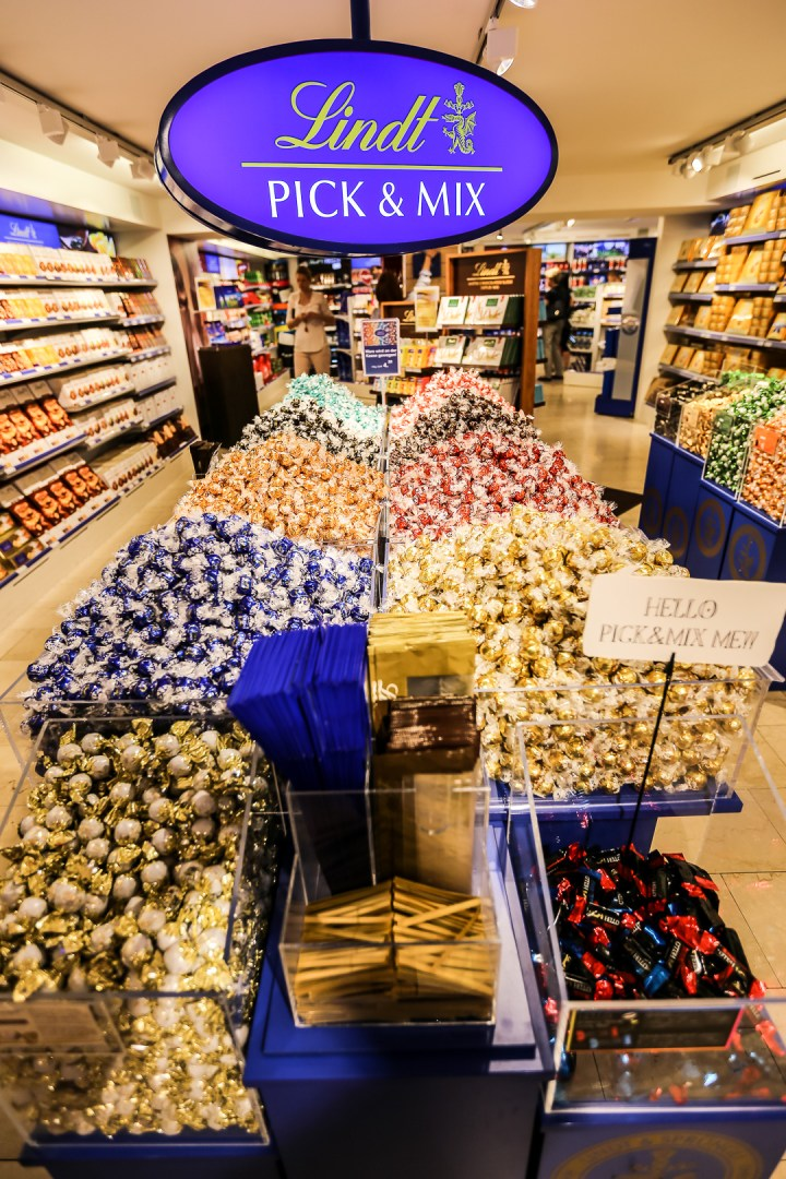 Lindt Factory Store 01