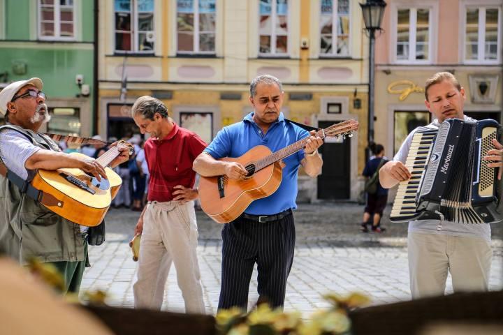 Market Square Serenaded