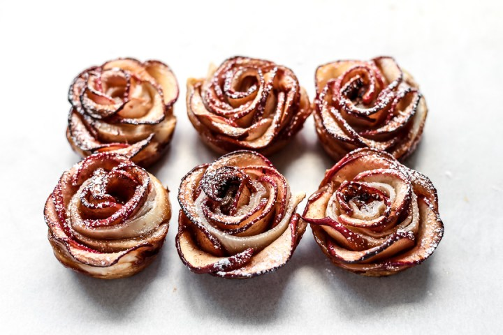 Apple Roses Wide