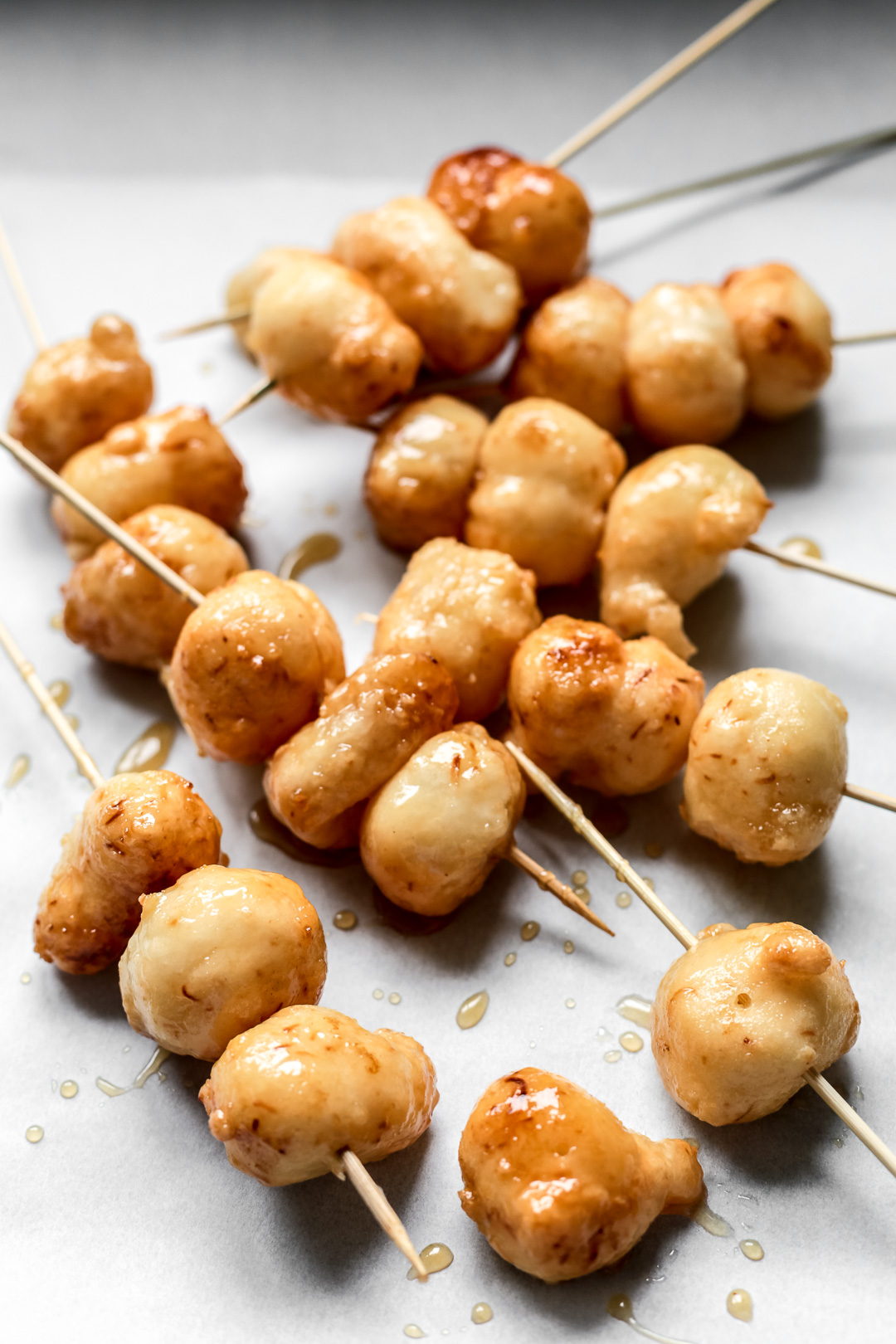 Karioka ang sarap karioka or carioca is a type of street food in the philippines made out of glutinous rice flour and coconut meat which is deep fried then dipped in coconut ccuart Images