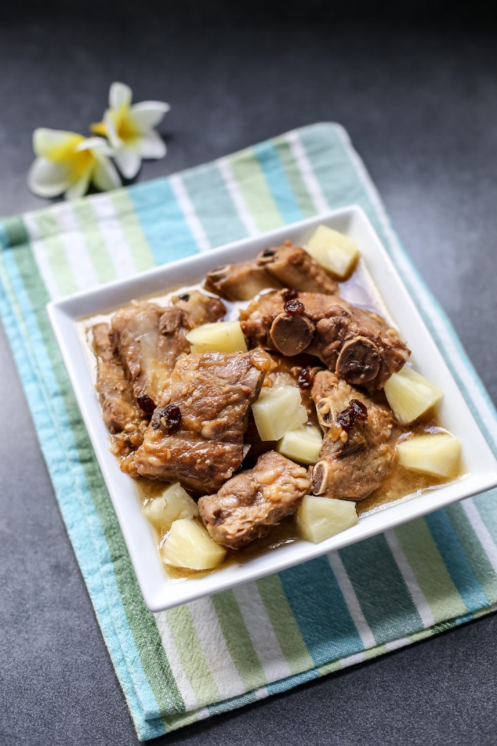 Pineapple Braised Pork Ribs