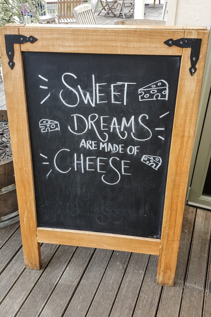 puhoi-valley-cafe-and-cheese-store-04