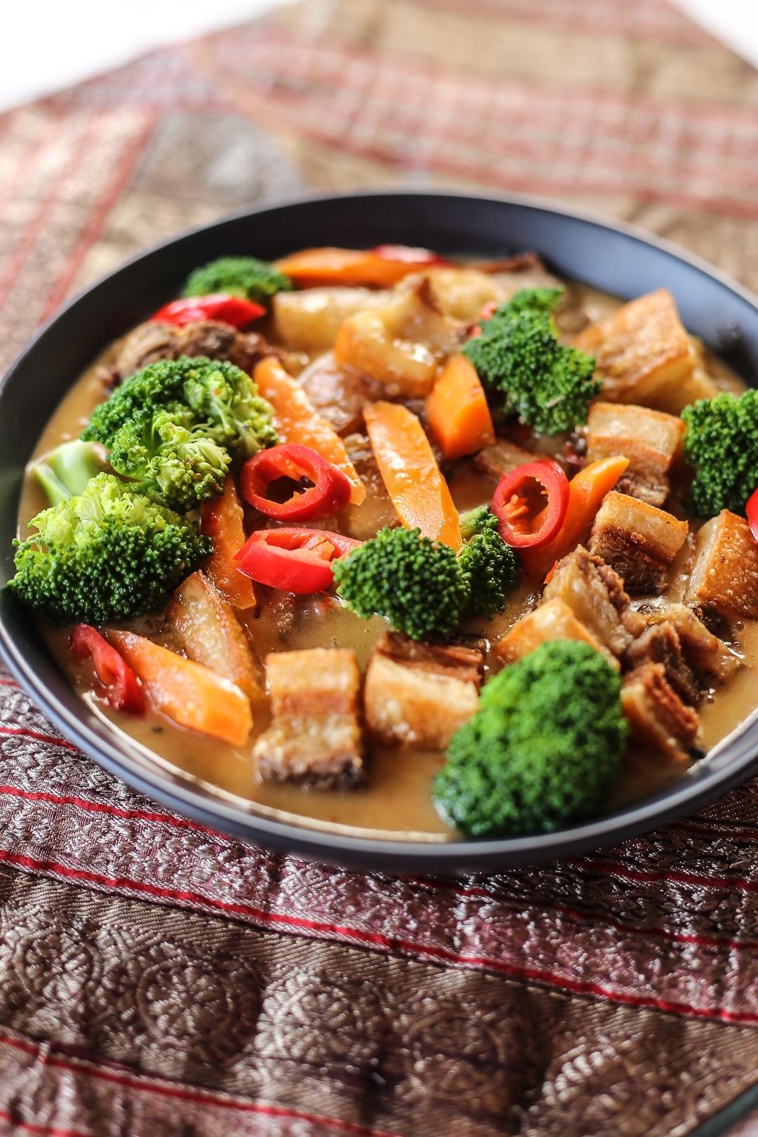 Crispy Pork Curry Ang Sarap