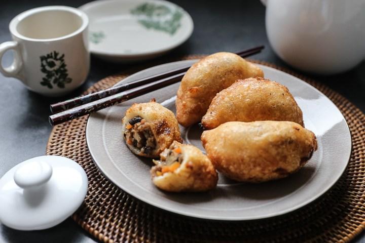 Glutinous Rice Dumplings (Ham Sui Gok) 1