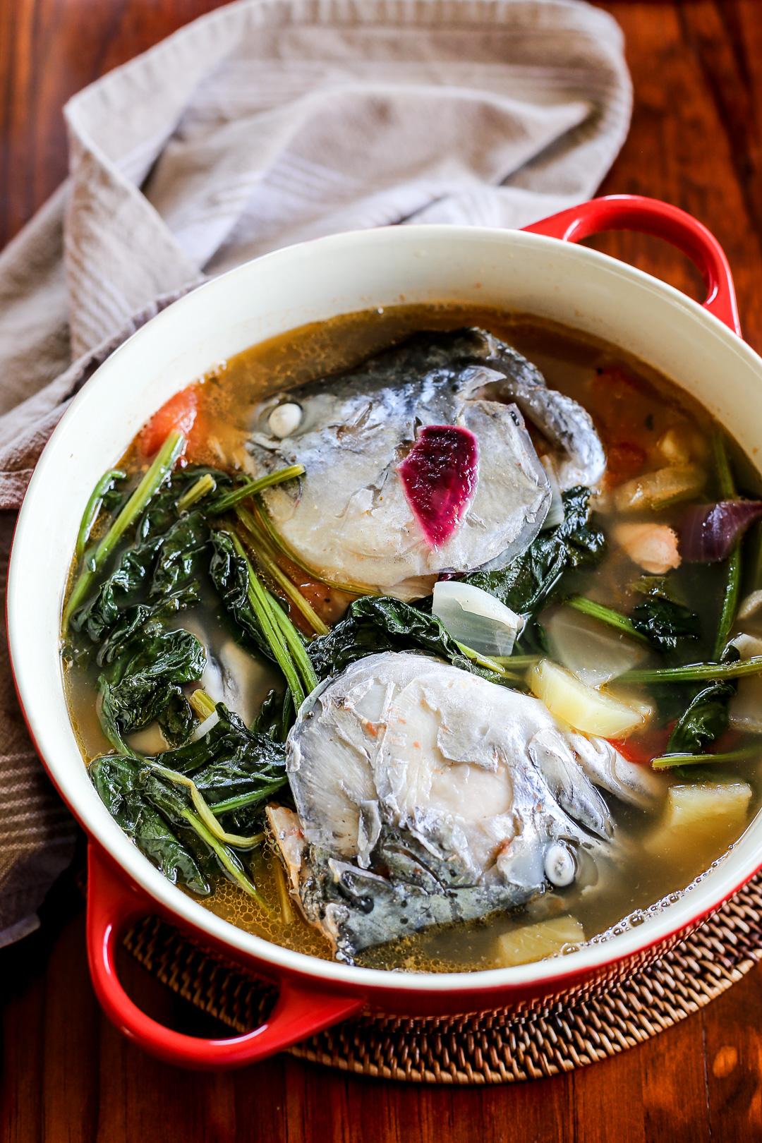 Sinigang Na Ulo Ng Salmon Sa Pinya Ang Sarap