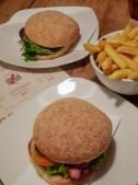 Velvet Burger 07