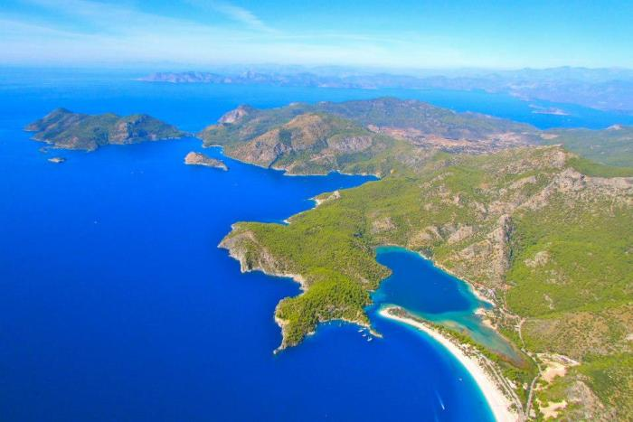 This is what you will see if you try paragliding in Olüdeniz.