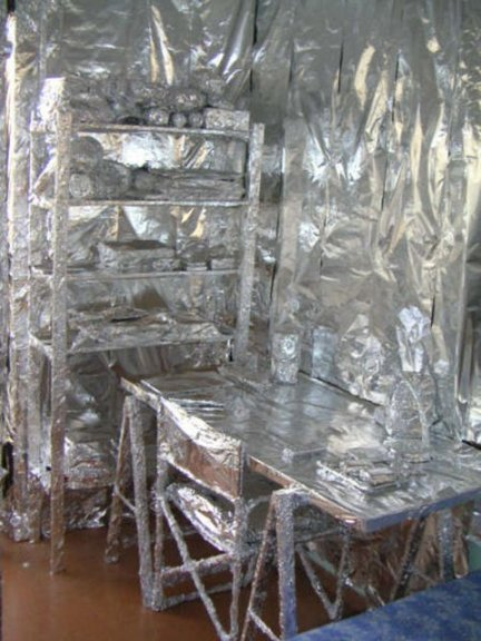 forrar habitacion papel albal broma (1)