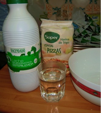 ingredientes masa de pizza.jpg