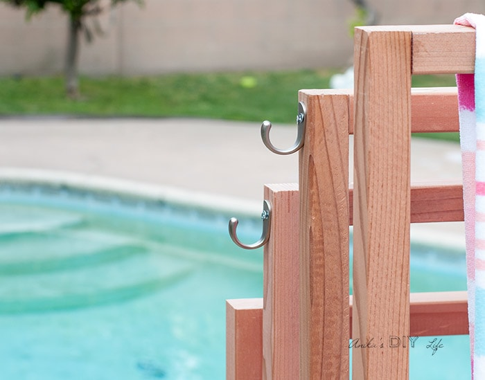 diy outdoor towel rack with shelves