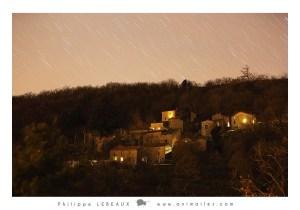 Filés d'étoiles sur le hameau de Pratcoustal