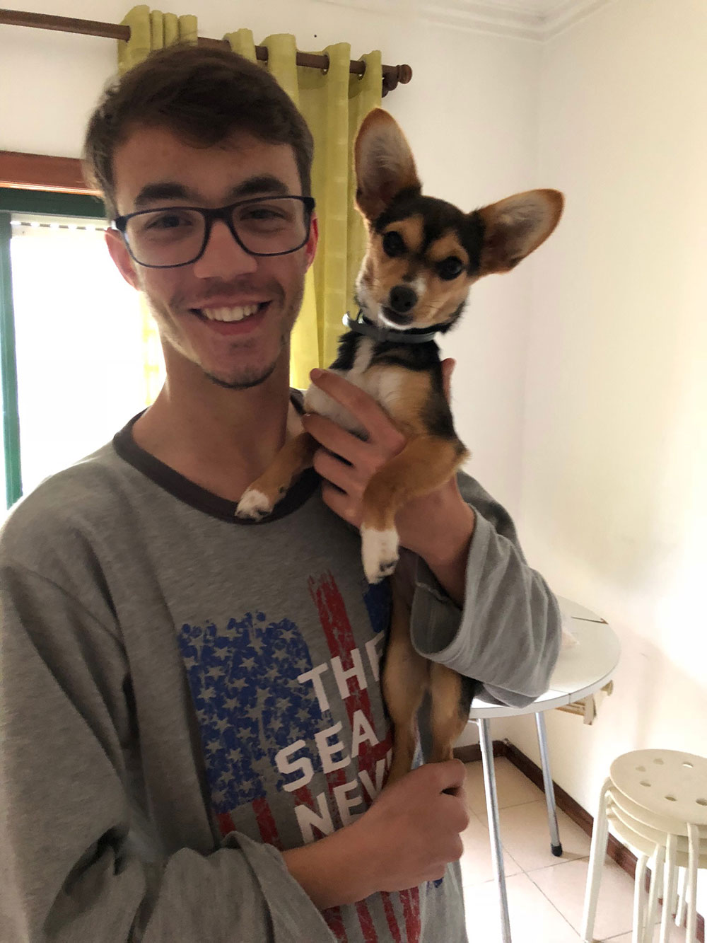 We love Nami's expressive ears! Here he is having a goodbye cuddle with Marciu, who took care of him for a few days until we called in to collect him.