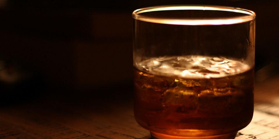Resultado de imagen para shot de whisky y muerte