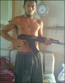 "Convicted killer Hector Cash in a December 2013 Facebook ""selfie."""