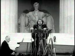 Marian Anderson singing at the Lincoln Memorial, 1939.