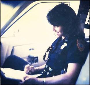 Beth Clifton, Miami cop