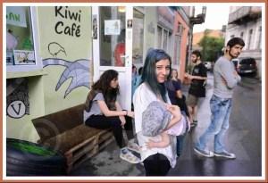 Kiwi Cafe patrons. (Kiwi Cafe photo)