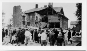 Townspeople rush to the rescue after the 1927 Bath school bombing.