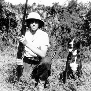 Fidel Castro in his youth hunted with a retriever.