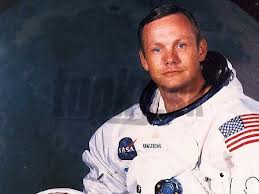 Az Űr legyen veled, Neil Armstrong!
