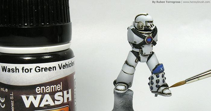 Peinture-de-figurine-lavis-glacis-heresy-Brush-techniques
