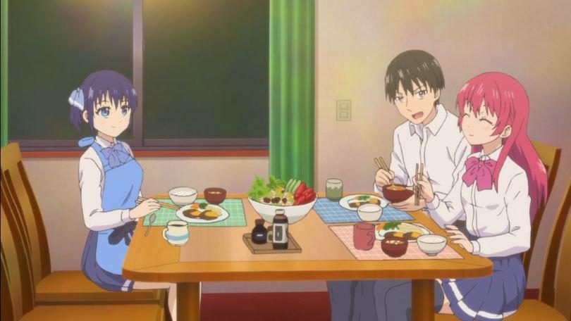 Naoya, Nagisa and Saki all eating dinner together