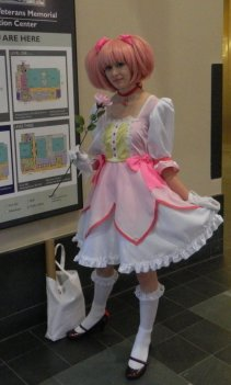 Anime Boston 2013 - Cosplay - Madoka 002
