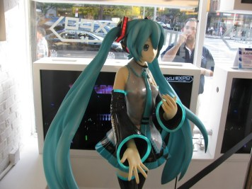 Miku Wallplay 002 - 20141023