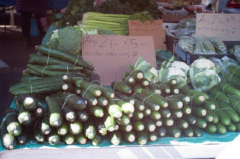 Zucchini at the Cleveland Markets, Brisbane QLD Australia 20150802-VPR00314.jpg