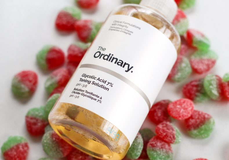 5 Ways to Use The Ordinary Glycolic Acid 7% Toning Solution