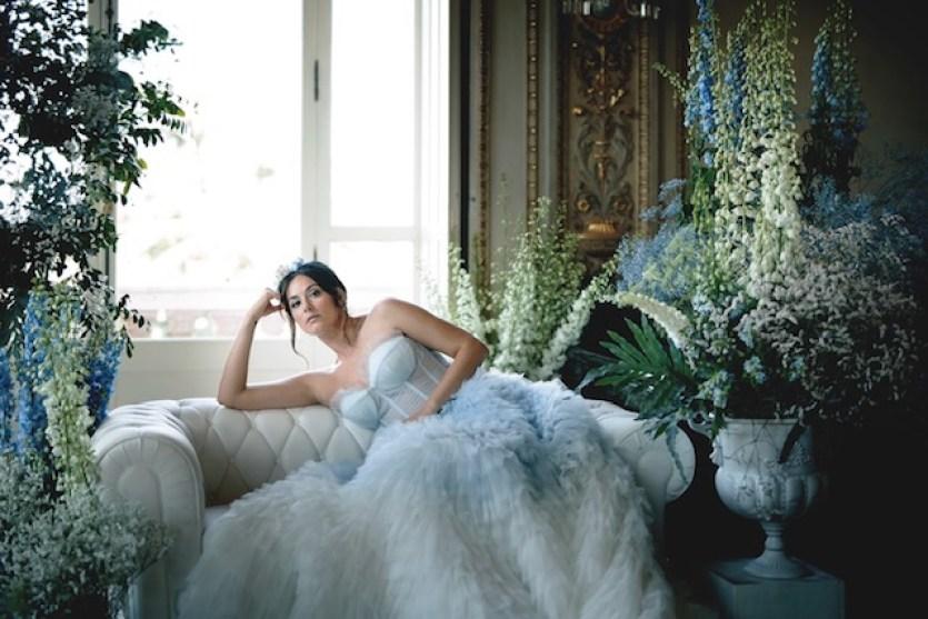 abito il giardino fiorito delle spose