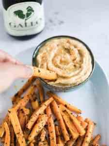 Cenouras fritas com humus