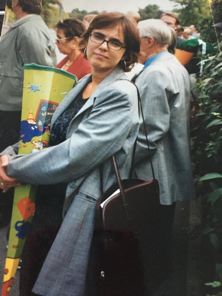 Anja Butschkau bei der Einschulung ihrer Tochter Nele.