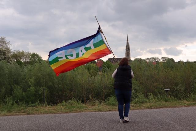 Frieden Pace Krieg Flucht Flüchtlinge Fahne Waffenstillstand Waffenhandel