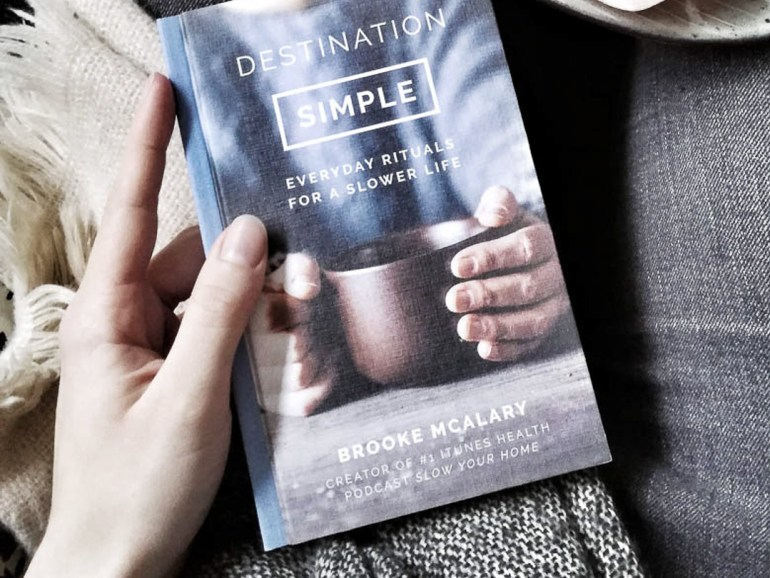 simpelt liv. Destination simple af Brooke McAlary