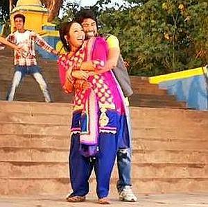 RaniManMohan-embrace