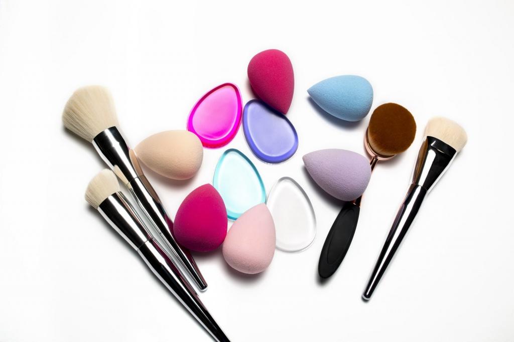 Cara Menyelaraskan Makeup Wajah