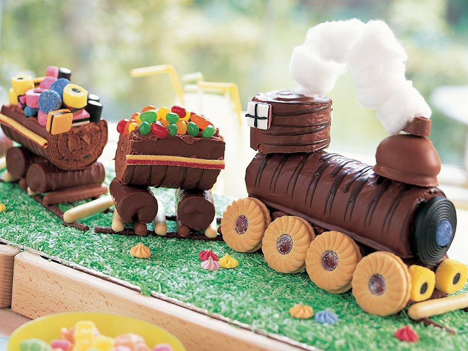 No Bake Train Cake Annabel Karmel
