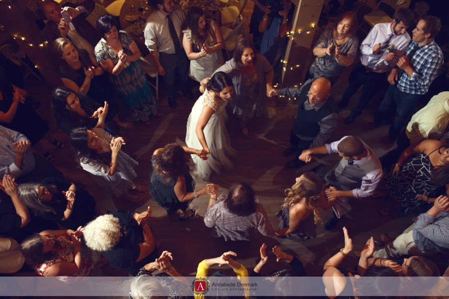 Party at the Red Barn : The Hora